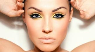 Как выглядят брови после перманентного макияжа