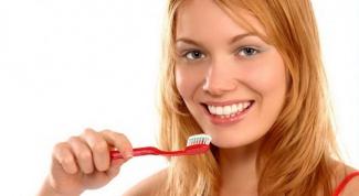 Ежедневный уход за зубами