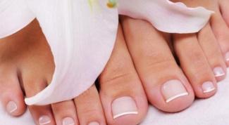 Признаки грибка на ногтях