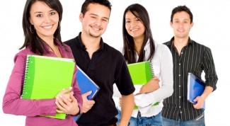 Какой банк выдает кредит студентам