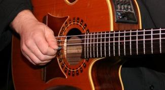 На какой гитаре начинать учиться играть