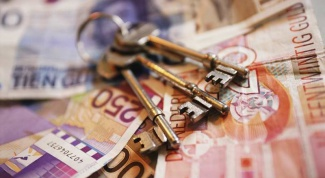В какие банки безопасно вкладывать деньги