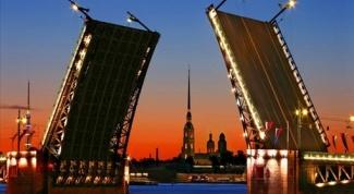 Как посмотреть Петербург за три дня