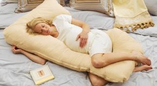 Как спать на подушке для беременных