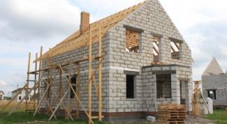 Какой нужен фундамент для дома из газобетона