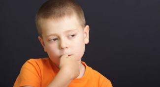 Как отучить малыша от привычки грызть ногти
