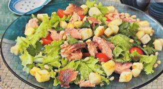 Как приготовить салат с лососем