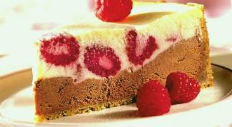 Шоколадно-малиновый чизкейк