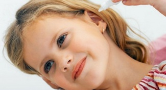 What to drip in an ear with otitis media