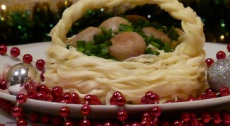 Корзинка из сыра с грибной начинкой