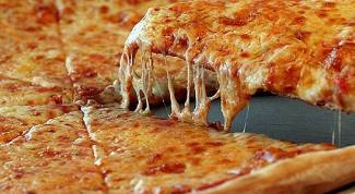 Как приготовить пиццу за 10 минут на сковороде