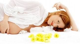 Как избежать растяжек на животе во время беременности