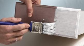 Как изменить цвет фасадов деревянной мебели