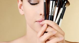 Как наносить декоративную косметику