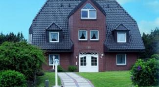 Как обменять скрепку на дом