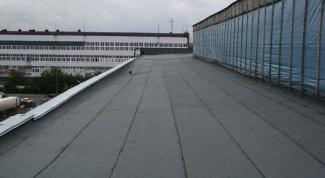 Как перекрыть крышу рубероидом