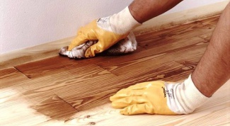 How to treat wooden floors