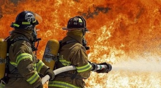Где учатся на пожарных