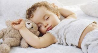 Как перевести ребенка на один сон