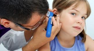 Как удалить ушную пробку у ребенка