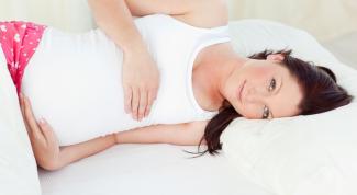 На каком боку лучше спать во время беременности