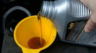 С какой периодичностью нужно менять масло