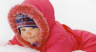Как спасти ребенка от переохлаждения