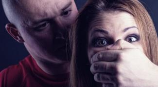 Как пережить изнасилование, если это был муж