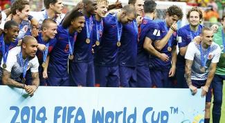 Как выступила команда Нидерландов на ЧМ 2014 по футболу в Бразилии