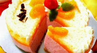 Торт с клубнично-мандариновым кремом