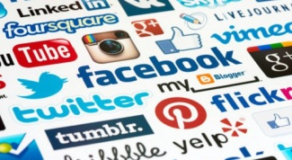 Social networks as an advertising tool