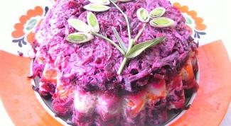 Слоеный салат с анчоусом