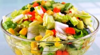 Как приготовить легкий овощной салат