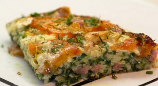 Пирог с сыром бри и ветчиной