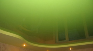 Спокойствие в доме: зеленый потолок