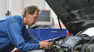 Что могут означать посторонние звуки в автомобиле?