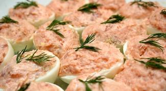 Как приготовить вкусные фаршированные яйца