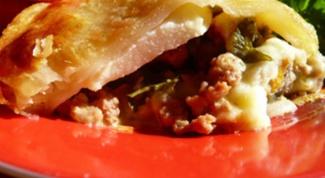 Как приготовить мясной пай с домашним сыром и грушами