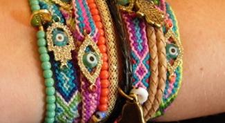 Как сплести фенечку прямым плетением