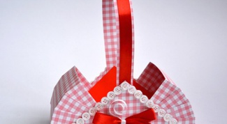 Как сделать подарочную корзину