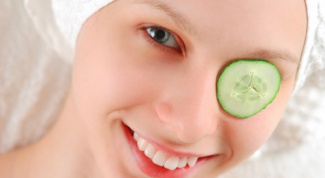 Как защитить кожу вокруг глаз