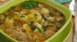 Мясной суп с лесными грибами
