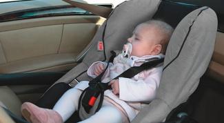 Как можно перевозить грудного младенца