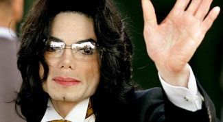 How Michael Jackson changed the color of the skin