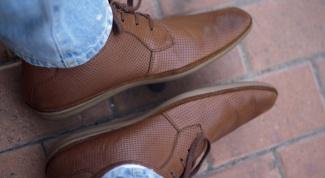 Сонник: к чему снится мужская обувь