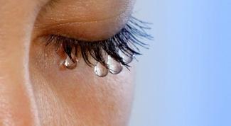 Что значит, если плачет только один глаз
