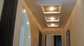 Потолок в коридоре: какие выбрать?