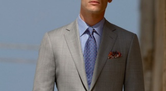Which tie will suit blue shirt and grey suit