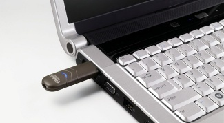 What is a bootable flash drive and why it is needed