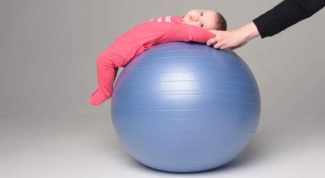 Как делать гимнастику с ребенком от повышенного тонуса